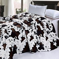 BOON Soft and Thick Faux Fur Sherpa Backing Bed Blanket, Cow
