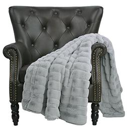 Home Soft Things Boon Super Mink Faux Fur Throw with Sherpa