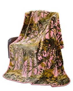 """""""The Woods"""" Camo Polyester Mink Blanket"""