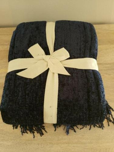 New 1 Imports Chenille Throw