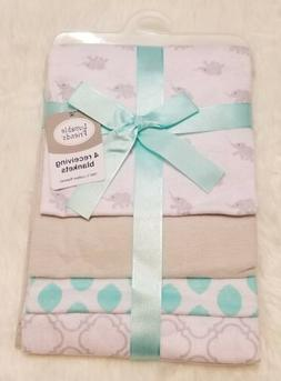 New Luvable Friends Flannel 4 Piece Receiving Blankets NWT E