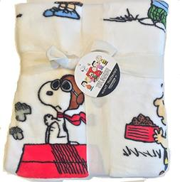 Berkshire Blanket The Peanuts Gang with Snoopy VelvetSoft Th