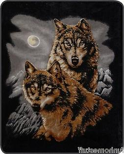 Two Wolves Medium Weight 2.1kg  Acrylic Mink Blanket